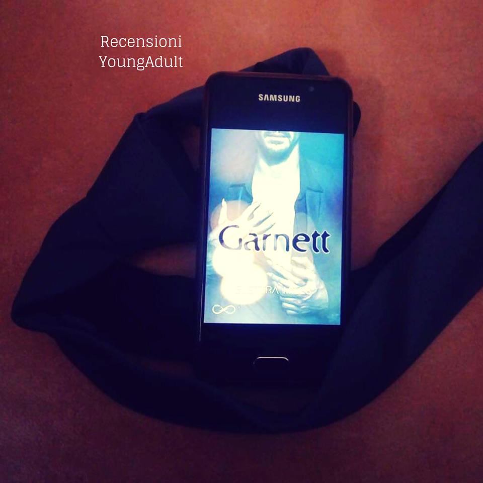 Garnett – Elettra Miles, Recensione